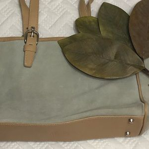 f206ca26c0 Roots Canada leather and suede bag